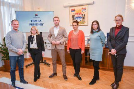 CVIJIĆEVA NIJE REVIZOR Odgovor Saveza revizora Srpske o Stanivukovićevom timu podgrijao političke sukobe u Banjaluci