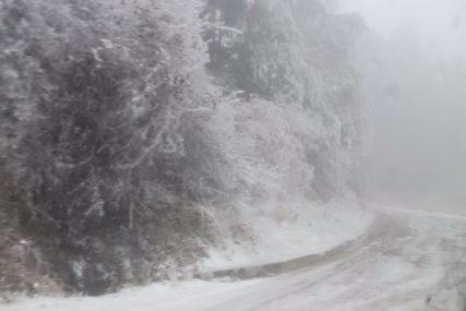 EKIPE NA TERENU Nevrijeme u Crnoj Gori, saobraćaj se odvija otežano na nekim putevima