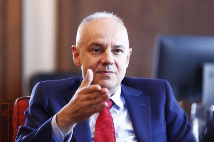 RADOJIČIĆ ČESTITAO STANIVUKOVIĆU Stigao i poziv novom gradonačelniku da bude gost Grada Beograda