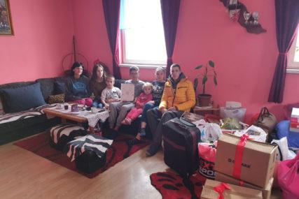 Godinama žive BEZ STRUJE: Samohranoj majci sedmoro djece iz Vlasenice potrebna pomoć