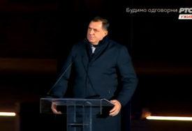 """Dodik na svečanosti otvaranja spomenika Stefanu Nemanji: """"Srbi su davno shvatili da BEZ DRŽAVE NEMA SLOBODE"""""""