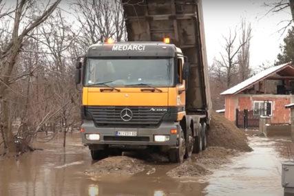 VODOSTAJI U PADU Otvoren put kod Đunisa, obustavljen saobraćaj na putu Leskovac-Barje