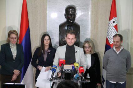 """""""KRIMINAL UHVAĆEN KAO ZEC"""" Stanivuković o rezultatima revizije rada Gradske uprave Banjaluka (FOTO)"""