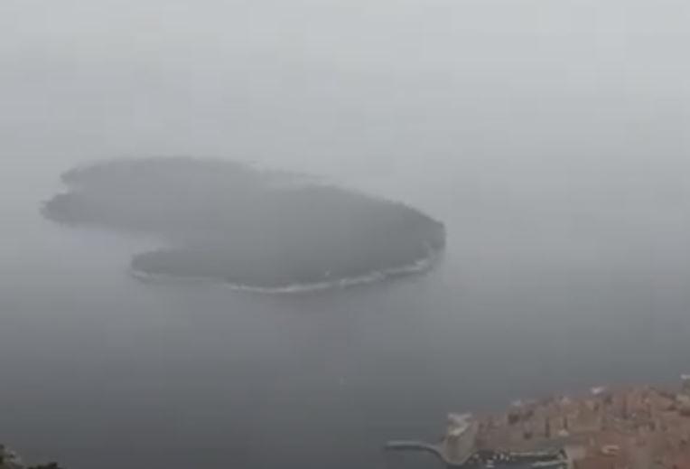 ZABIJELILA SE OSTRVA Snijeg pao i u Dubrovniku (VIDEO)
