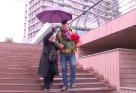 """Eva Ras (80) POKAZALA MLAĐEG DEČKA: """"Mi se stvarno volimo, ona je moja smokvica"""""""