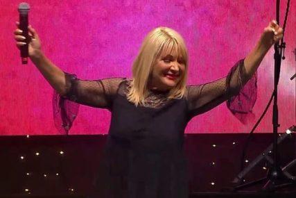 """Pjevačica (66) otkrila TAJNU DOBROG IZGLEDA: """"Nekada sam bila violina, sada sam viola"""""""
