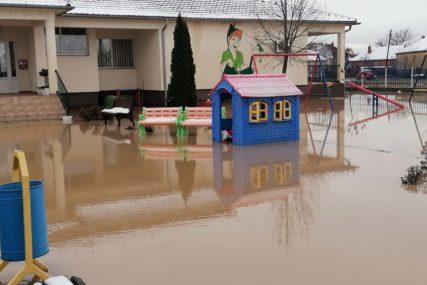 BUJICA SRUŠILA I MOST Haos na Kosmetu, evakuiše se stanovništvo