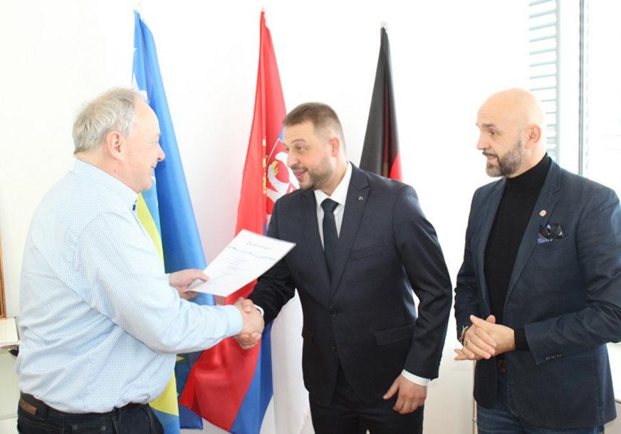 PRIZNANJE ZA DOKTORA IZ LOPARA Želimir Nešković imenovan za stručnog saradnika bavarske kompanije
