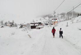 ZIMSKA ČAROLIJA Na Bjelašnici skoro dva metra snijega, temperatura jutros -15 stepeni