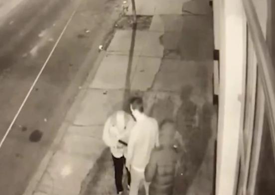 POKUŠAJ PLJAČKE KOJI SE ZAVRŠIO KOBNO Kamere zabilježile trenutak kada je Milan ubijen dok je šetao psa (UZNEMIRUJUĆI VIDEO)