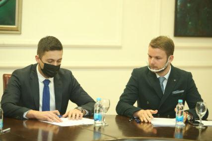 PROGRAM ULAGANJA U BANJALUKU Stanivuković: Budžeti opustošeni; Ilić: Pružili smo šansu da administracija ispuni obećanja