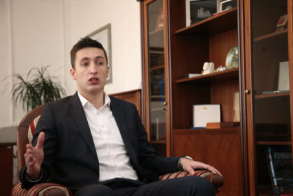 """""""POMALO SENILNA"""" Predsjednik Skupštine grada poručio da nije bilo potrebe za tenzijama na sjednici"""