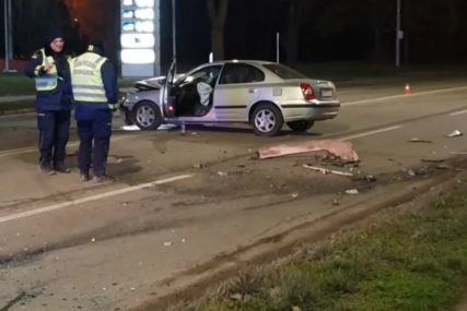 TRI OSOBE POVRIJEĐENE Sa 2.88 promila alkohola u krvi u punoj brzini naletio na taksi vozilo (VIDEO)