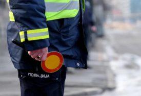 Drogiran za volanom: Policajci ga testirali na licu mesta, pa ga uhapsili