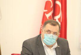 """""""TO JE NEMOGUĆE"""" Dodik tvrdi da nije smijenio Radojčića nakon izbora u Banjaluci"""