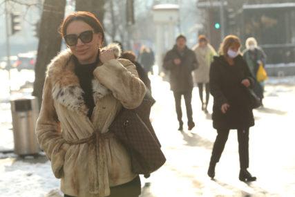 ZRAČI VEDRINOM Lijep zimski dan Romana provela u ŠETNJI, otkrila šta radi u Banjaluci (FOTO)