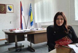 """""""DOĐITE U DOBOJ, DA SLAVIMO JOŠ JEDNU POBJEDU SNSD"""" Reakcija Sanje Vulić na odluku CIK i izjavu Vanje Bjelice Prutine"""