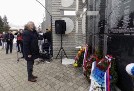 SJEĆANJE NA UBIJENE SRBE U SKELANIMA Višković: Institucije Srpske nikada neće odustati od borbe za istinu i pravdu
