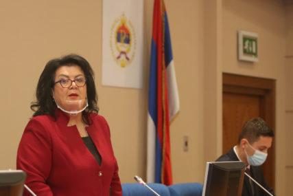 """Vrijeme je da se ZAVEDE RED u Skupštini"" Odbornica PDP podsjetila na Umičevićeve ""bisere"""