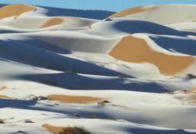 SNIJEG U SAHARI Nestvarni prizori, u Saudijskoj Arabiji temperatura otišla u MINUS (VIDEO)