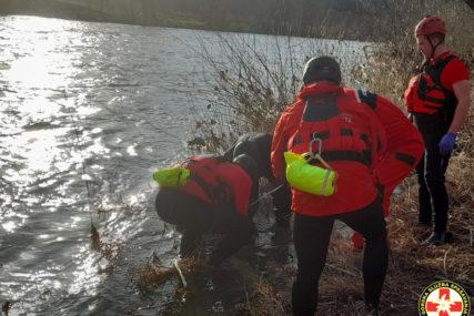 MJEŠTANI ZVALI POLICIJU U rijeci Bosni pronađeno tijelo žene