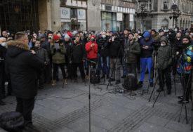 PROTEST U BEOGRADU Okupljeni traže smjenu predsjednika SANU Vladimira Kostića