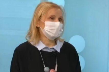 Dr Jovanović upozorava: Zaražene osobe koje su u teškom stanju ne treba da se voze prevozom