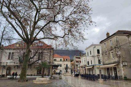 Inspekcija zatvorila kafanu u Trebinju: Štab za vanredne situacije produžio ranije mjere zaštite