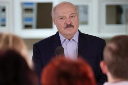 SMATRA DA SU U ISTOM TIMU Lukašenko: Moj prijatelj je Putin i vjerovatno niko drugi