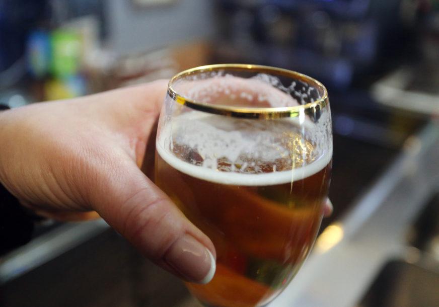 Prosipaju pivo jer mu ističe rok: Bačene zalihe vrijedne milione evra, njemačke pivare traže pomoć države