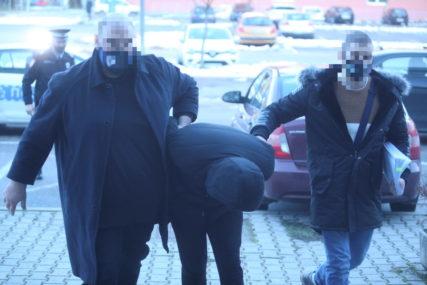 Osumnjičeni za ubistvo sproveden u Tužilaštvo: Ubio čovjeka, pa TIJELO BACIO U BUNAR (FOTO)