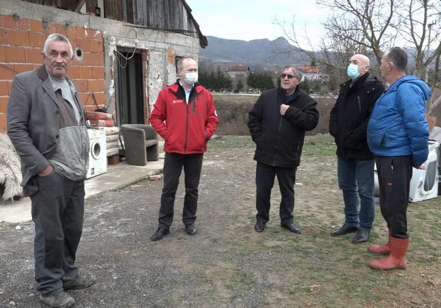 TRI GODINE BEZ STRUJE Bivši borac Milorad Novaković živi od 70 KM mjesečnih primanja