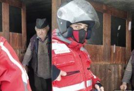 Branislavu (75) su pas i konj JEDINA PORODICA: Siroti deka zbog snijega PET DANA nije mogao iz kuće