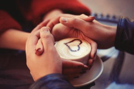 Vrijeme za ljubav: Parovi širom svijeta slave Dan zaljubljenih