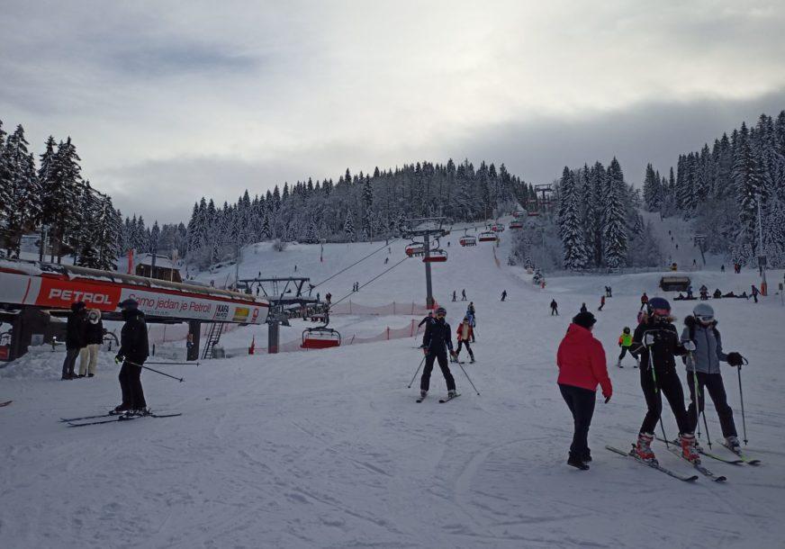 VELIKA RADOST ZA MALIŠANE Od sutra autobuski prevoz djece na besplatno skijanje na Jahorini