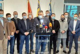 """STAV KOALICIJE """"DOGOVOR ZA BIJELJINU"""" Milovanović: Sa gradonačelnikom razgovaramo svi, nepotrebni su pojedinačni pozivi"""