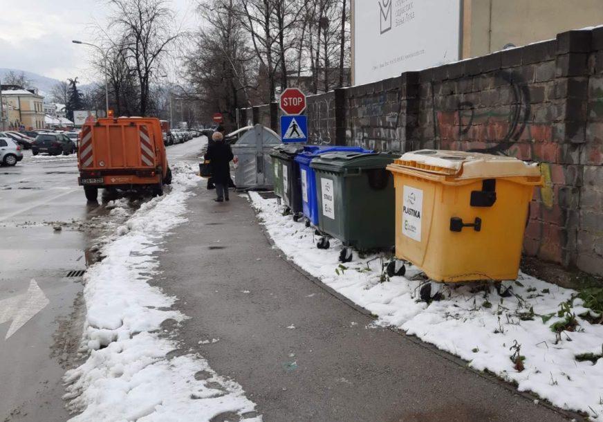 Nova naredba gradonačelnika: Premještaju se kontejneri koji smetaju pješacima u centru grada