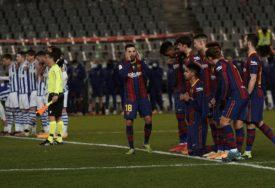 KORONA POMJERILA IZBORE Novi problemi za Barselonu