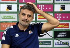 MAMIĆ U PROBLEMU Trener Dinama pjevao Hajdukove pjesme (VIDEO)