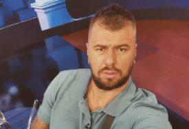 """Janjuš i Dejan u žestokom klinču """"On je beskućnik, sa 37 godina živi u etno selu"""""""