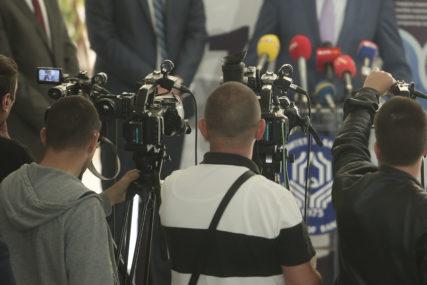 KREVET ILI OTKAZ Na meti seksualnih napasnika i novinarke