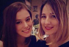 Oglasila se majka Milene Radulović: Ovo je MNOGO VIŠE od lične borbe moje kćerke (FOTO)