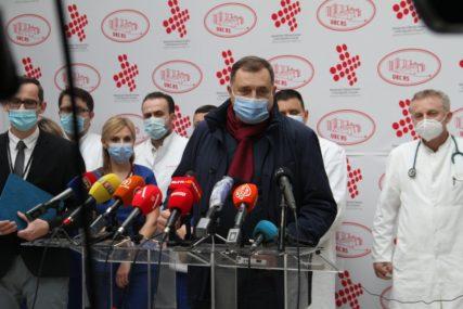 """""""MEDIJI IZ FBiH SU IZMISLILI TU PRIČU"""" Dodik o ikoni koju mu je vratio Lavrov"""