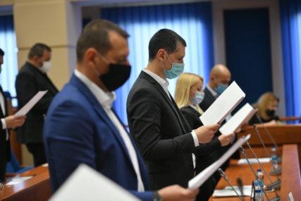 POLOŽILI ZAKLETVU Gradonačelnik i odbornici obećali da će raditi u INTERESU GRAĐANA