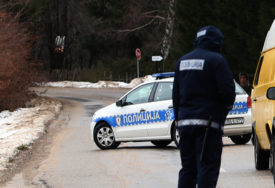 IZ STANA UKRALI NOVAC I NAKIT Policija u Prijedoru traga za lopovima