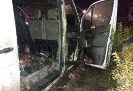 UHAPŠEN MUŠKARAC Osumnjičen da je zapalio kombi u Prijedoru