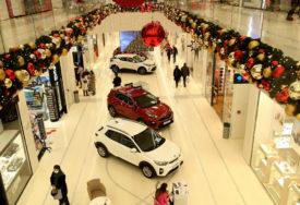 RAJ ZA LJUBITELJE ČETVOROTOČKAŠA U tržnom centru Delta Planet otvoren sajam automobila (FOTO)