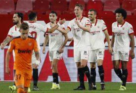 KAKVA AKCIJA Kompletan tim Sevilje učestvovao kod drugog gola (VIDEO)
