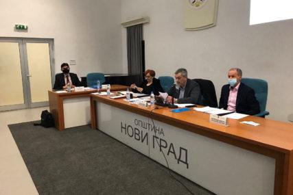 Za SNSD u Novom Gradu HLADAN TUŠ: Moraju ponovo birati rukovodstvo u Skupštini (FOTO)