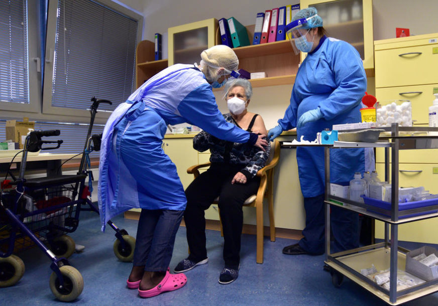 STANJE EPIDEMIJE PRODUŽENO JOŠ DVA MJESECA U Sloveniji još 1.767 novih slučajeva korona virusa
